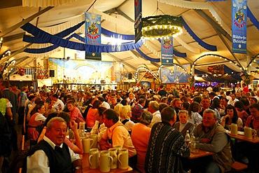 Beer tent, folk festival, Muehldorf am Inn, Bavaria, Germany, Europe