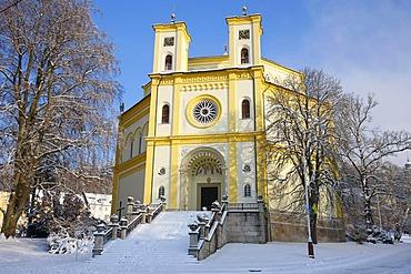 Church, wintery, Marianske Lazne, Czech Republic, Europe
