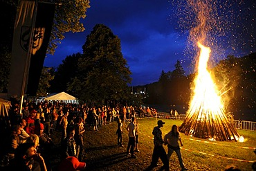 Johannifeuer bonfire at midsummer, solstice, in Wolfratshausen, Bad Toelz - Wolfratshausen district, Upper Bavaria, Bavaria, Germany, Europe