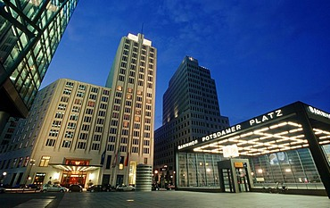 Skyscrapers on Potsdamer Platz square, Deutsche Bahn Tower and Beisheim Center with Ritz Carlton Hotel, Tiergarten district, Berlin, Germany, Europe
