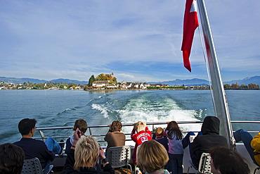 Tourist ship, Lake Zurich, Rapperswil, Sankt Gallen, Switzerland, Europe