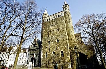 Romanesque basilica, Church of Our Lady, Onze-Lieve-Vrouwebasiliek, Westwerk, Maastricht, Limburg, Netherlands, Europe
