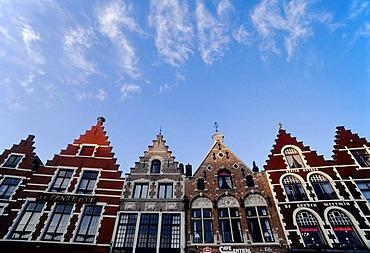 Old town houses with restaurants, Grote Markt, Bruges, West Flanders, Belgium, Europe