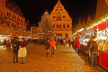 Christmas Market, Rothenburg ob der Tauber, Bavaria, Germany, Europe