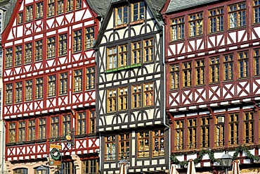 Reconstruction of historic half-timbered buildings, Roemerberg square or Samstagsberg square, Frankfurt am Main, Hesse, Germany, Europe