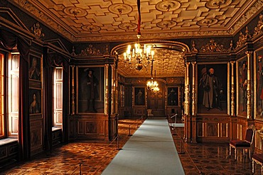 Ancestral gallery of the dukes of Mecklenburg Schwerin, Schweriner Schloss castle, built from 1845 to 1857, romantic historicism, Lennestrasse 1, Schwerin, Mecklenburg-Western Pomerania, Germany, Europe