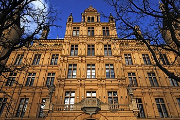Facade of the rear of the Schweriner Schloss castle, built from 1845 to 1857, romantic historicism, Lennestrasse 1, Schwerin, Mecklenburg-Western Pomerania, Germany, Europe