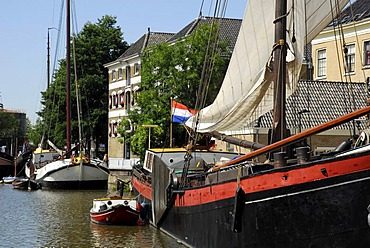Traditional sailing ships in the harbor, Binnenhaven, Gouda, Zuid-Holland, South Holland, the Netherlands, Europe