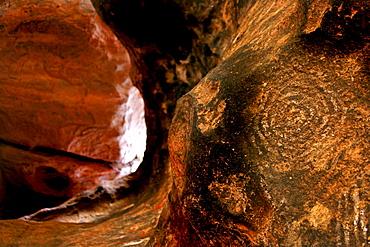 Aboriginal rock etching, waterhole symbol at Uluru, Uluru National Park, Northern Territory, Australia