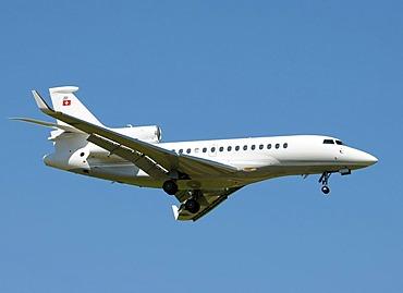 Falcon Dassault 900 aircraft