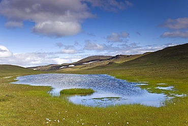 Mountain lake near the Krafla geothermal area, Myvatn area, northern Iceland, Iceland, Europe