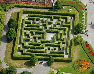 Aerial view, labyrinth, Centropark, Neue Mitte area, Osterfeld, Oberhausen, Ruhrgebiet region, North Rhine-Westphalia, Germany, Europe