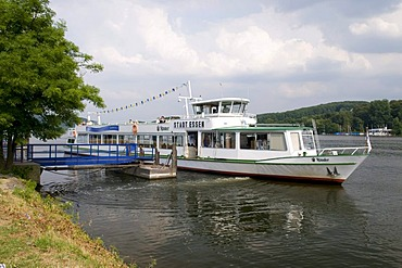 Ship at the pier on the Baldeneysee lake in Essen-Werden, Ruhrgebiet area, North Rhine-Westphalia, Germany, Europe