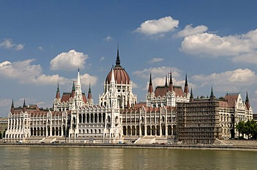Parliament on the banks of the Danube river, Budapest, Hungary, Europe