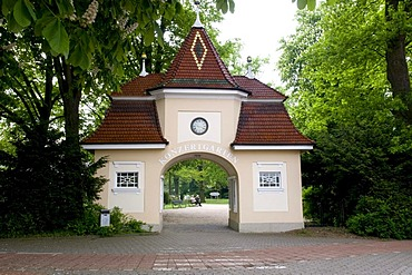 Entrance to the spa gardens and concert garden, Bad Rothenfelde, Osnabruecker Land region, Lower Saxony, Germany, Europe