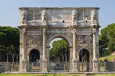 Arch of Constantine triumphal arch, Rome, Italy, Europe