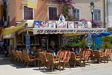Restaurant and ice-cream parlor, Rovinj, Istria, Croatia, Europe