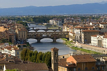 City panorama with the Ponte Vecchio bridge and Arno river, view from Mount all Croci, Florence, Tuscany, Italy, Europe