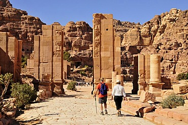 Tourists in the Nabataean city of Petra, Unesco World Heritage Site, near Wadi Musa, Jordan, Middle East, Orient