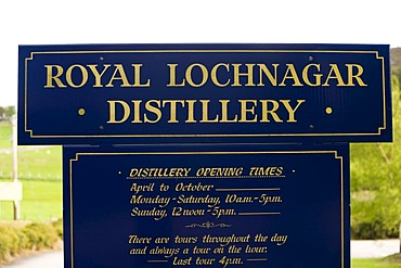 Whisky Distillery, Royal Lochnagar Distillery, Scotland, United Kingdom, Europe