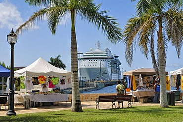 Cruise ship and souvenir stalls on the dock in Frederiksted, island of St. Croix, U.S. Virgin Islands, USA