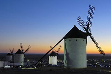 Windmills at sunset, Campo de Criptana, Ciudad Real province, Ruta de Don Quijote, Castilla-La Mancha, Spain, Europe