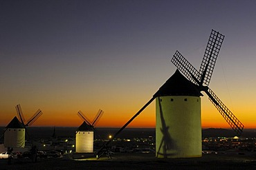Windmill at sunset, Campo de Criptana, Ciudad Real province, Ruta de Don Quijote, Castilla-La Mancha, Spain, Europe