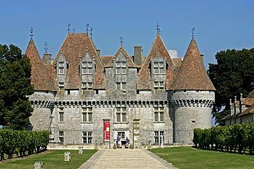 Chateau Monbazillac, Dordogne, Aquitaine, France, Europe