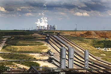 Distant view of the lignite-fired power plant Neurath RWE near Grevenbroich, North Rhine-Westphalia, Germany, Europe