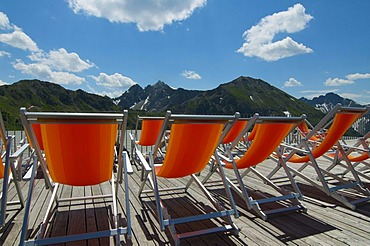 Deckchairs on Kanzelwand Mountain, Kleinwalsertal, Little Walser Valley, Allgaeu, Vorarlberg, Austria, Europe