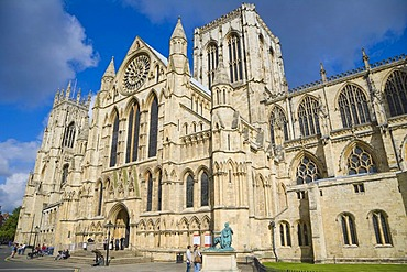 York Minster south entrance, York, Yorkshire, England, United Kingdom, Europe