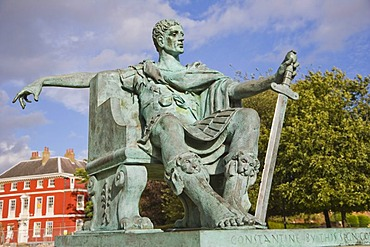 Statue of Constantine, emperor in the Roman city of York, near York Minster, York, Yorkshire, England, United Kingdom, Europe