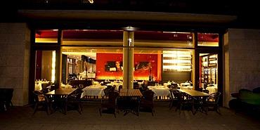 Restaurant on the Westhafen western harbor, Westhafenplatz, Frankfurt am Main, Hesse, Germany, Europe