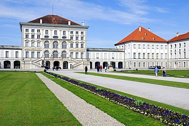 Front garden to the Schloss Nymphenburg palace gardens, Schloss Nymphenburg palace, Neuhausen-Nymphenburg, Munich, Upper Bavaria, Bavaria, Germany, Europe