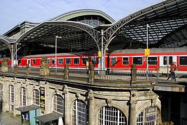 Bar, cafe, restaurant Alter Wartesaal at the main station, Cologne, Rhineland, North Rhine-Westphalia, Germany, Europe