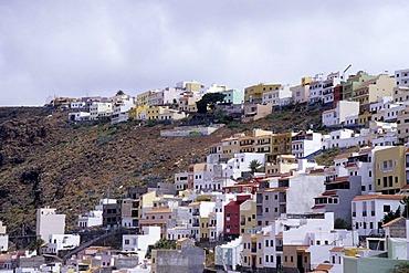 Houses on the mountainside at La Lomada, San Sebastian, La Gomera, Canary Islands, Spain, Europe