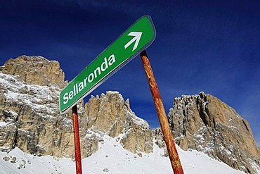 Sella Ronda ski trail, Val Gardena, Alto Adige, Italy, Europe