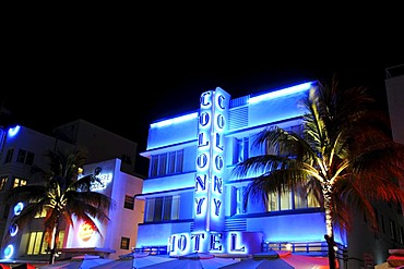 Colony Hotel, Ocean Drive, Miami South Beach, Art Deco district, Florida, USA