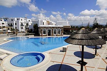 Pool, hotel complex, Naxos, Cyclades, Greece, Europe