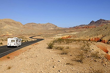 Camper, Valley of Fire, Nevada, USA
