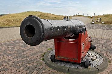 Historic cannon on gun carriage, fortress, Fort Kijkduin, Den Helder, province of North Holland, Netherlands, Europe