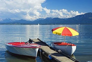 Paddleboats off Gstadt, Chiemsee lake, Chiemgau, Upper Bavaria, Bavaria, Germany, Europe