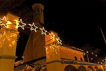 Christmas light decorations at night in Prien, Chiemsee, Chiemgau, Upper Bavaria, Germany, Europe