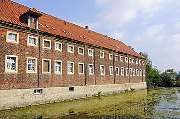 Oberwerries Castle, moated castle, Hamm, Muensterland region, North Rhine-Westphalia, Germany, Europe