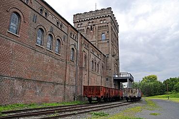 Railroad car, turbine house, Malakow tower, Zeche Hannover mine, LWL Industriemuseum industrial museum, Route der Industriekultur Route of Industrial Heritage, Bochum, Ruhr, North Rhine-Westphalia, Germany, Europe