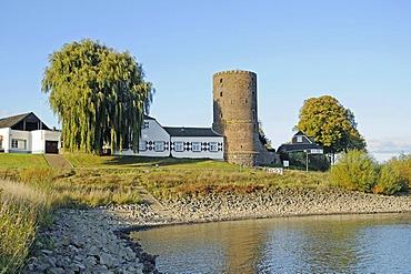 Mill tower, houses, historic fortifications, Rhine promenade, waterfront, river Rhine shore, Rees, Lower Rhine, North Rhine-Westphalia, Germany, Europe