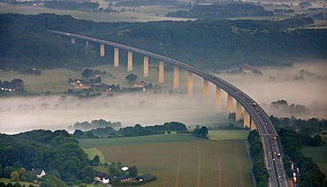 Aerial photo, Ruhr River with morning mist between Kupferdreh, Muengsener Bruecke A52 autobahn bridge, Ruhr Valley, Heisingen, Werden and Kettwig, Essen, Ruhr area, North Rhine-Westphalia, Germany, Europe