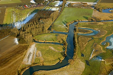 Aerial photo, renaturation of the Lippe river between Schloss Heessen castle and the Kraftwerk Westfalen power plant, Lippe river bend, Hamm, Ruhrgebiet region, North Rhine-Westphalia, Germany, Europe