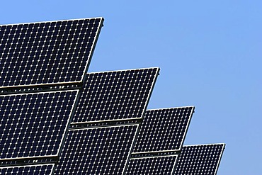 Solar cells of a photovoltaic system