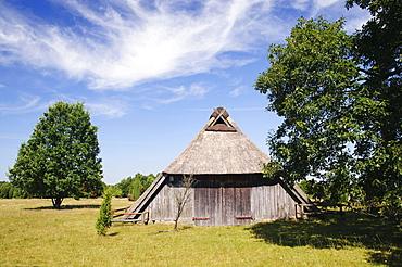 Historic sheep barn near Wilsede, Lueneburg Heath Nature Park, Lower Saxony, Germany, Europe